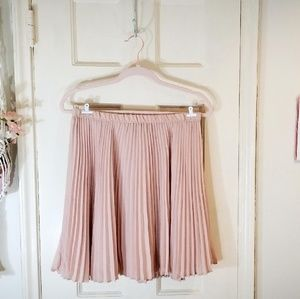 Banana Republic Pink Pleated Skirt